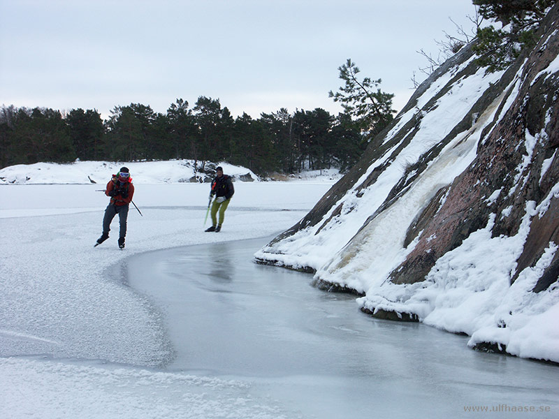Ice skating in the Stockholm archipelago 2016.