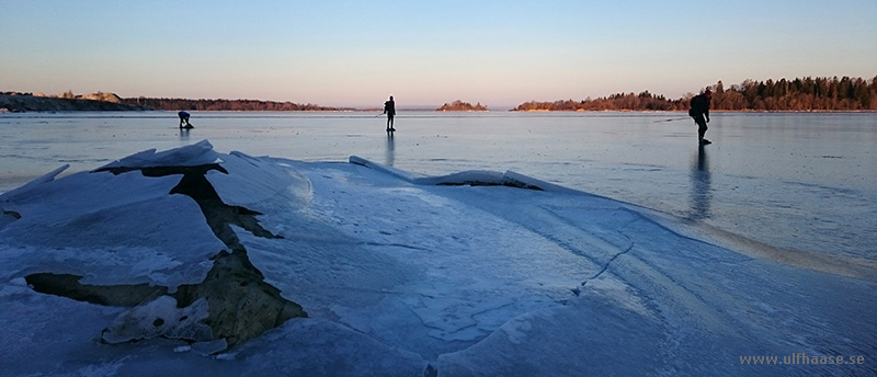 Ice skating in the Stockholm archipelago, Singöfjärden and Galtfjärden.