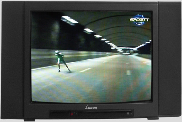 Premiere skating in the tunnel